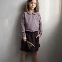 phil-phae_aw20_organic_collar-tee-heather-classic-skirt-cacao-nib.jpg