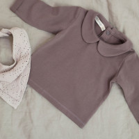 essentials_flatlay_baby_collar_tee-heather_bib_scarf_almond-milk.jpg